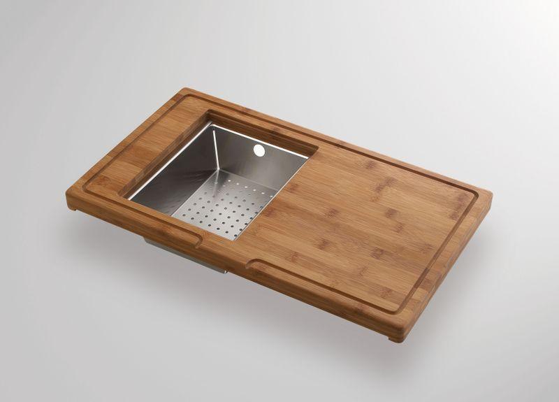 kit avec une planche d couper en verre et bambou pratique. Black Bedroom Furniture Sets. Home Design Ideas